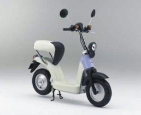 Компактный электроскутер Honda появится в 2010 году